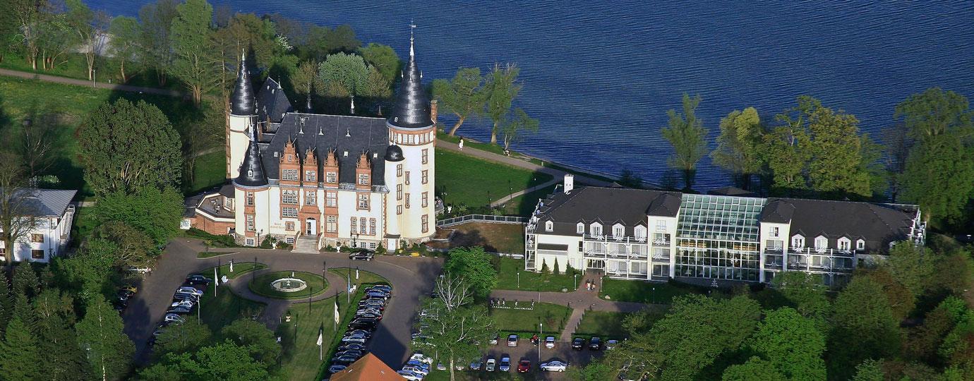 Schlosshotel Klink Luftbild, Mecklenburgische Seenplatte